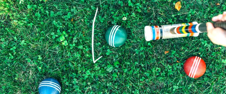 5 forslag til sjove lege i haven for børn og voksne